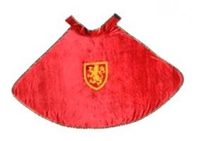 Cape de Chevalier en velours rouge et blason doré