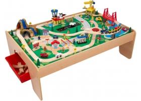 Jouets en bois ~Circuit de train sur table en bois avec Aéroport - KIDKRAFT~