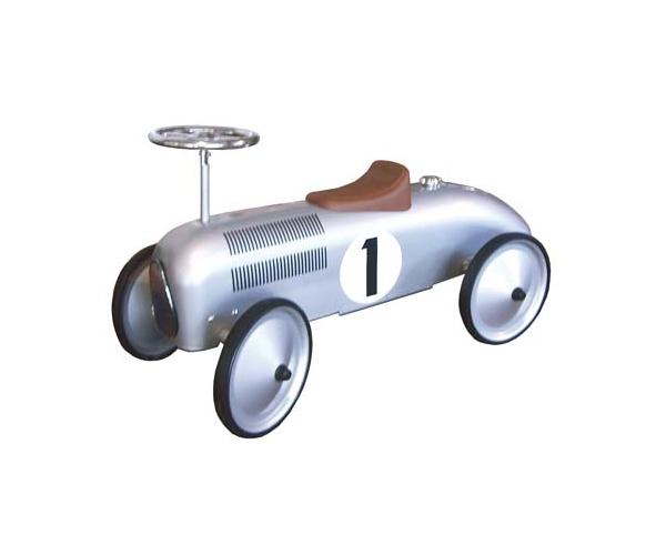 voiture retro, porteur trotteur pour enfants