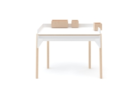 Brooklyn Desk by Oeuf NYC